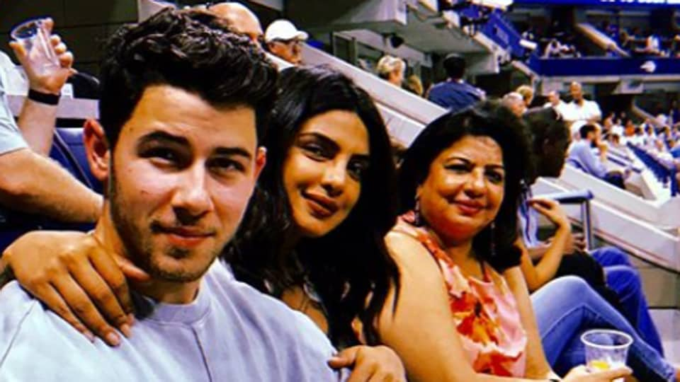 Priyanka Chopra and Nick Jonas were spotted cheering at US Open along with Joe Jonas, Sophie Turner and Madhu Chopra.
