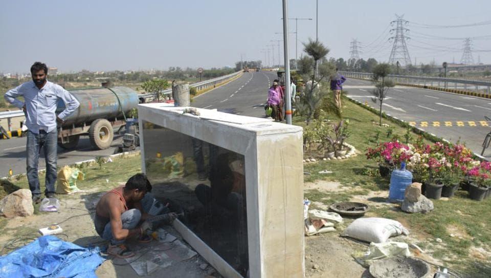 Prominent roads in Uttar Pradesh,Uttar Pradesh,Keshav Prasad Maurya