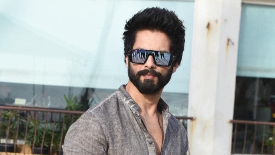 Shahid Kapoor Thanks Fans For Their Wishes Cautions Them To Avoid