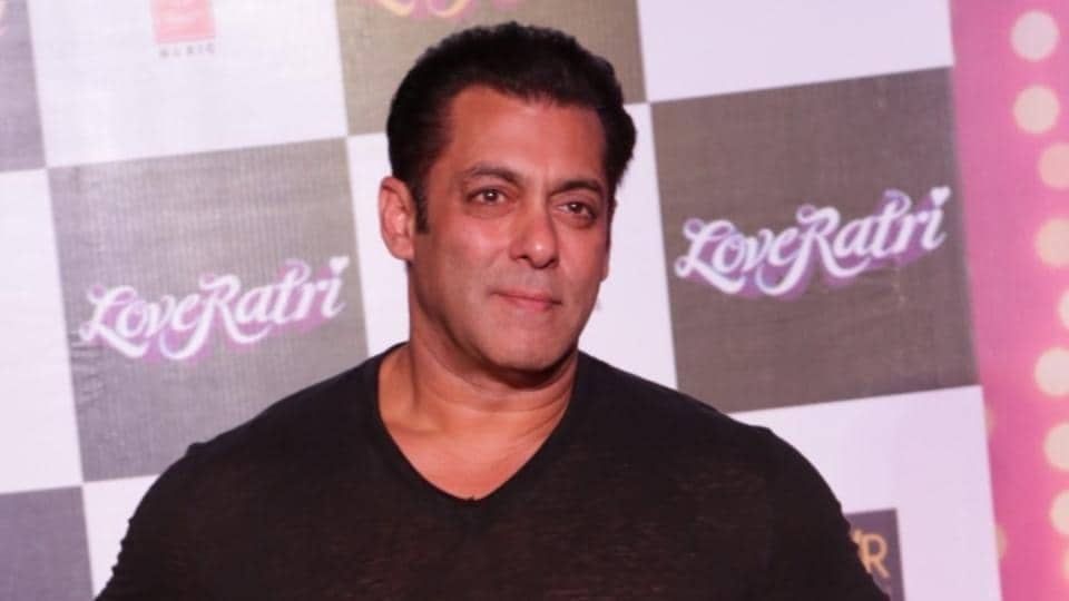 Salman Khan's security at Galaxy Apartment  in Mumbai didn't allow the Uttarakhand woman inside the complex.