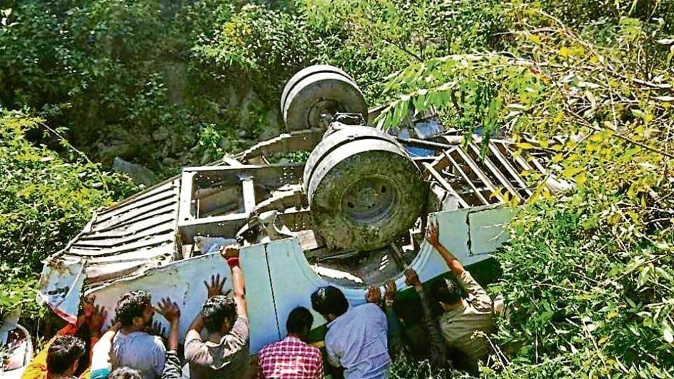 Uttarakhand,gorge,accident