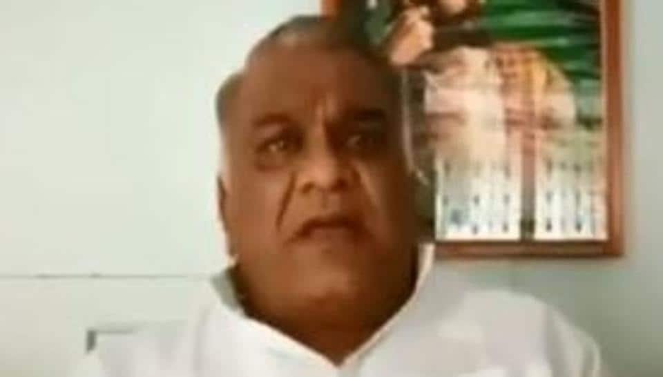 Ex-Maharashtra minister,cutting off BJP MLA's tongue,Subodh Saoji