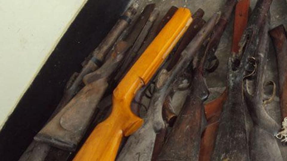 gun smuggling,weapons,west bengal