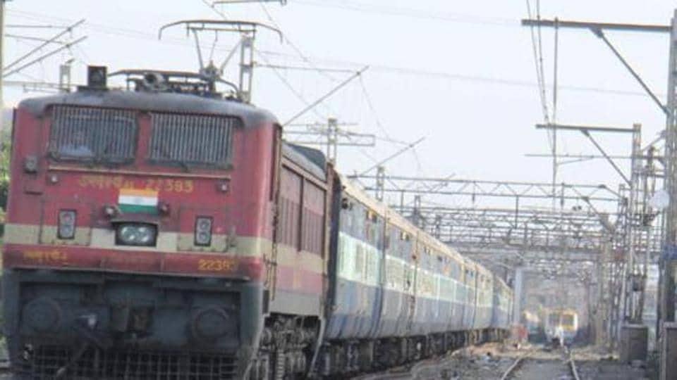 Electrocution death,Coimbatore,Railway death