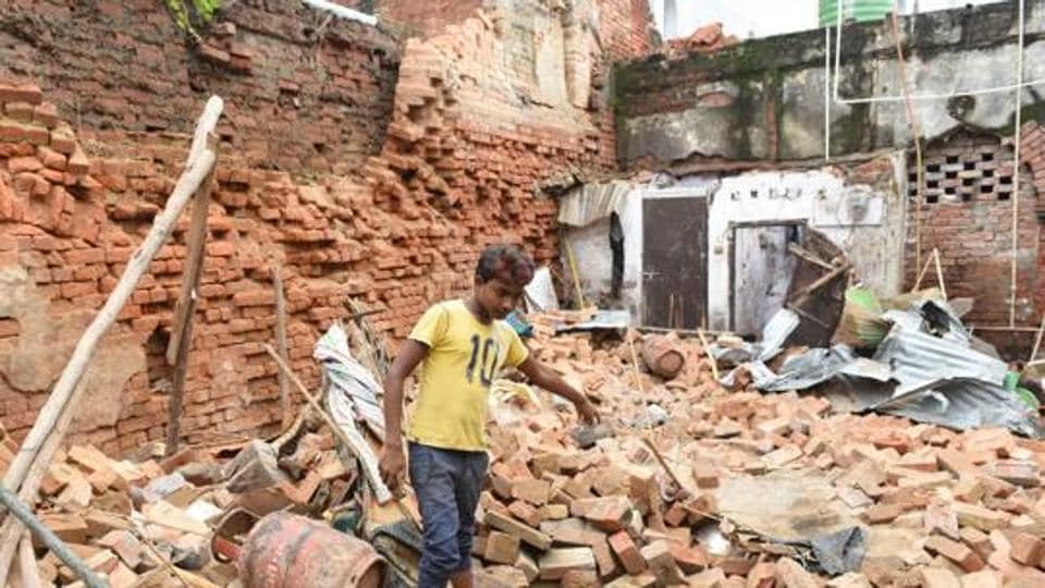 Two people died during a building collapse in Hussainganj due to heavy rain in Lucknow, Uttar Pradesh.