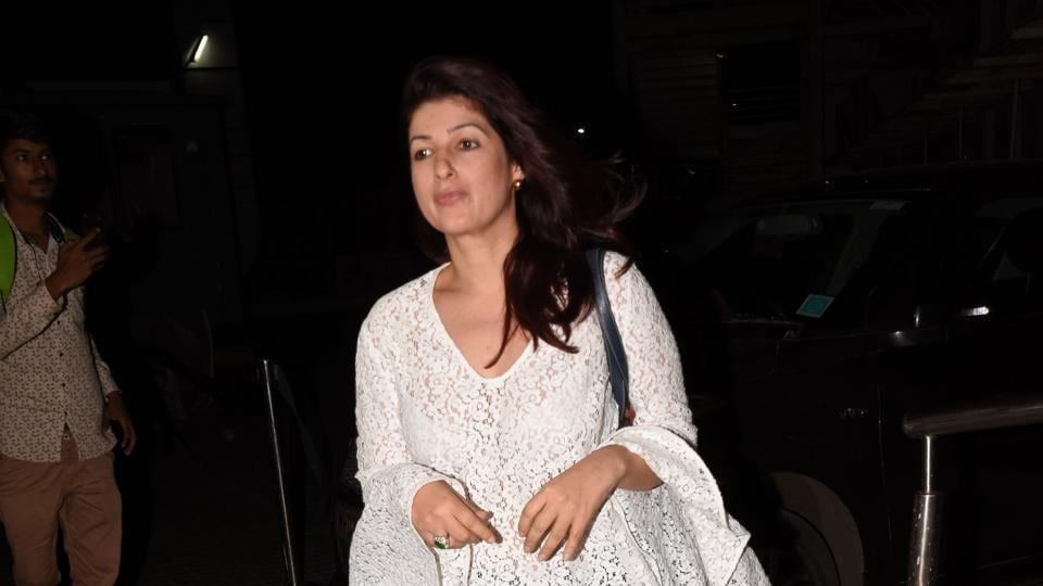 Twinkle Khanna,Mrs Funnybones,Pyjamas Are Forgiving