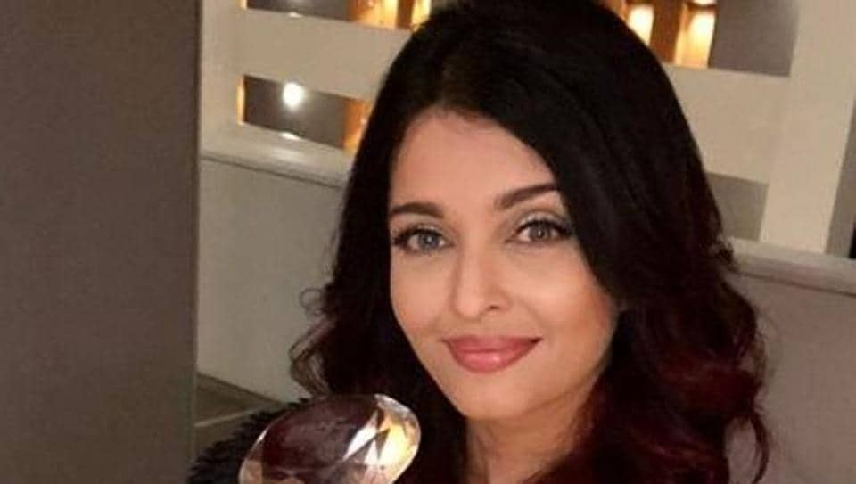 Aishwarya Rai Bachchan,Women in Film and Television (WIFT) India Award,Meryl Streep Award for Excellence