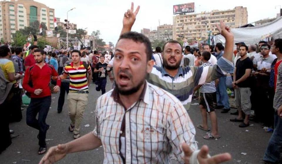 Egypt condemns 75 to death,photojournalist in Egypt sentenced to jail,Mohamed Morsi