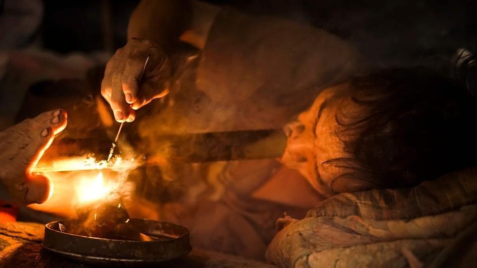 Laos,opium,addiction