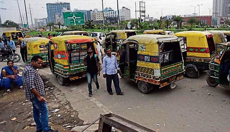 Noida,Noida traffic,Noida Police
