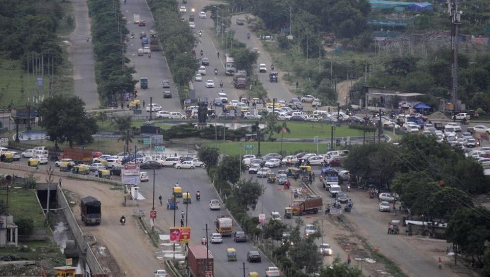 Traffic diversion,Noida,Greater Noida