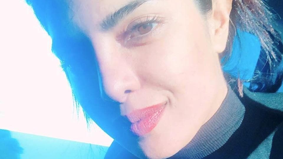 Priyanka Chopra is a seasoned selfie-taker, she once again displayed her selfie skills with a perfect sun-kissed shot of her. (Instagram)