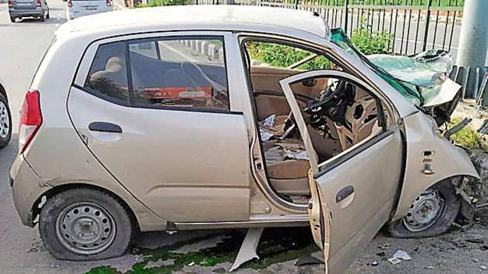 car crash,accident,mishap