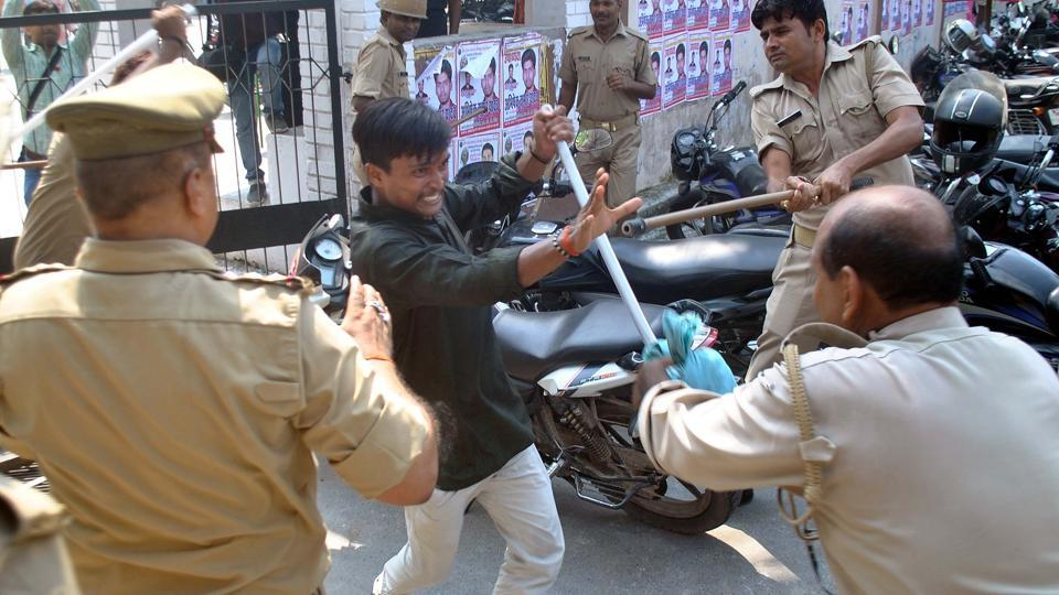 Gorakhpur University students clash with police in protest against the state government not announcing students union elections in Gorakhpur on September 8, 2017.
