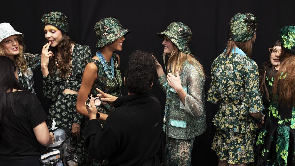 6e2fcf2e305 Designer Anna Sui opens a grand bazaar at New York Fashion Week ...