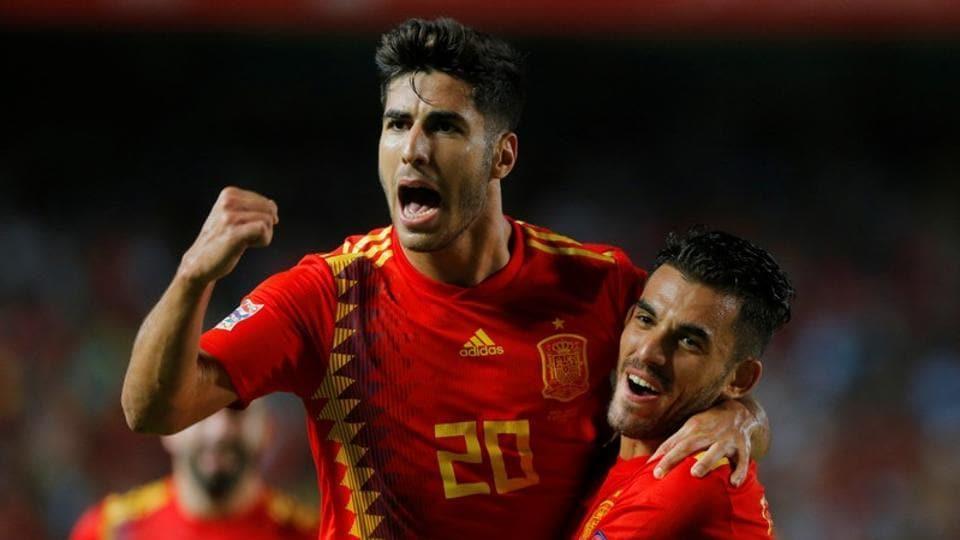 Marco Asensio celebrates Spain's third goal against Croatia.