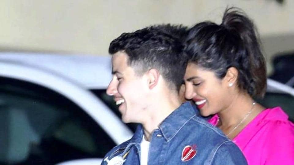 Priyanka Chopra, Nick Jonas's photos from LA, show the couple walking hand-in-hand, snuggling up, laughing and chatting. (Instagram)