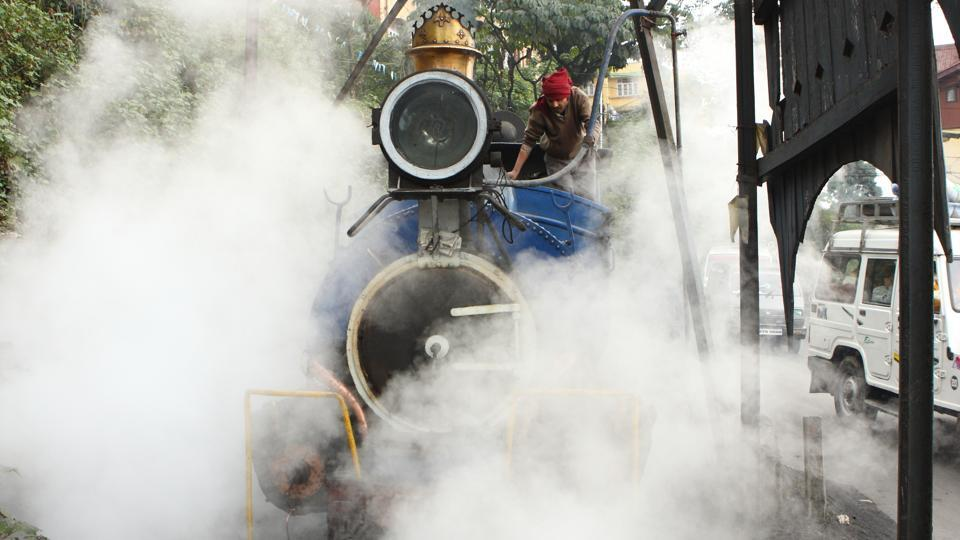 Darjeeling's biggest tourist draw – the Darjeeling Himalayan Railway (DHR) or the toy train – has come to a grinding halt after labourers including those hired to work as firemen in the steam engines struck work over unpaid salaries. The workers stopped work from Tuesday, putting the brakes on the UNESCO World Heritage site railway. (Shutterstock)