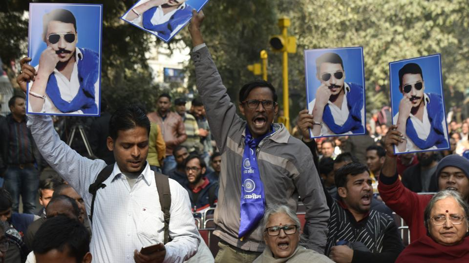 Activists of Bhim Army during a protest at Parliament Street demanding release of Chandrashekhar Azad alias Ravan in New Delhi on January 09, 2018. Hours after  Ravan was released early Friday after over a year in jail, Uttar Pradesh's ruling Bharatiya Janata Party (BJP) and the Congress sparred over his arrest and release. (Vipin Kumar / HT Archive)