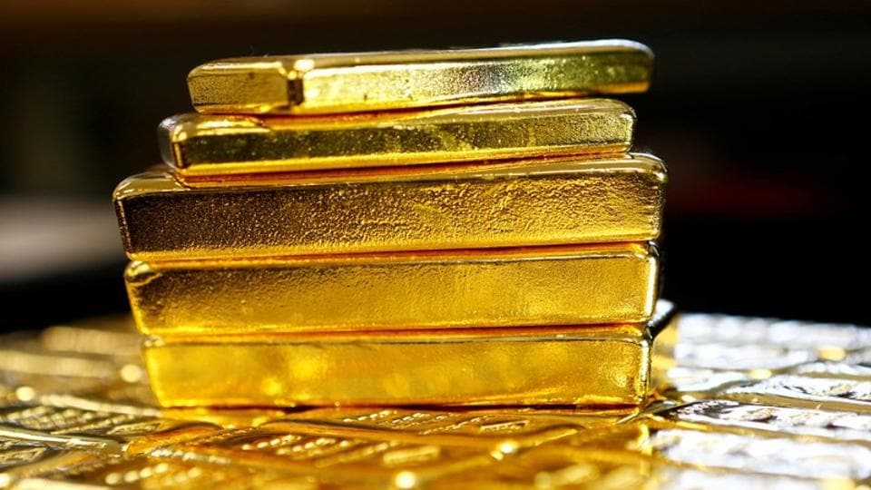 Army intel officer, cops among 5 arrested for embezzling 15 kg gold in Bengal: Cops