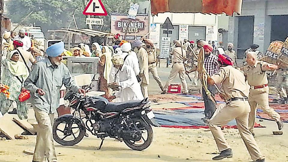 Police personnel resorted to lathi charge during a protest in Moga.