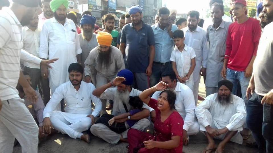 open manhole,accident,punjab