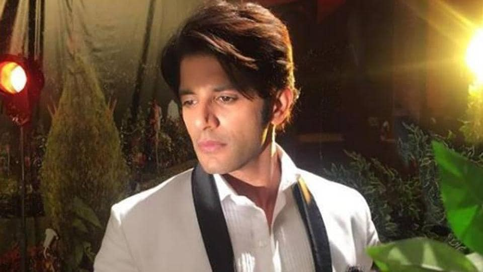 Actor Karanvir Bohra, who unequivocally denied being a part of Bigg Boss 12 only days ago, is also a part of the show.