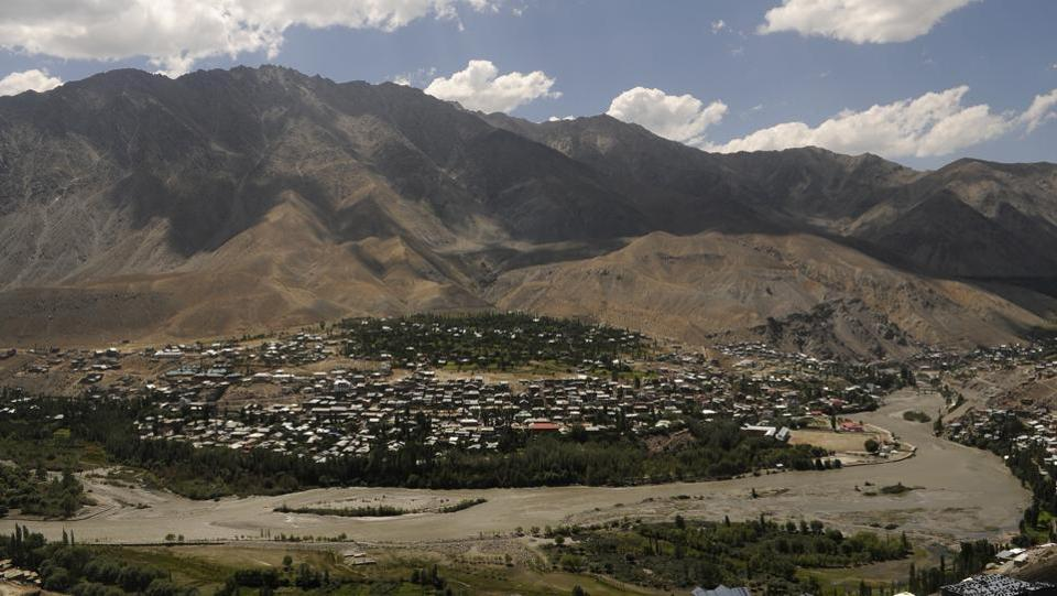 Aerial view of Kargil town. The story of the museum is particularly interesting because the Silk Route is the backbone of the institution's 3,500-plus collection. The route comprised ancient terrestrial and maritime trade routes that connected the East and the West. Kargil then, was an important trading entreport, and its bazaar a commercial hub where various commodities were transported, traded and taxed. (Waseem Andrabi / HT Photo)
