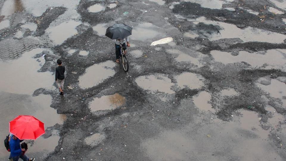 Supreme Court,Pothole accidents,Potholes on roads