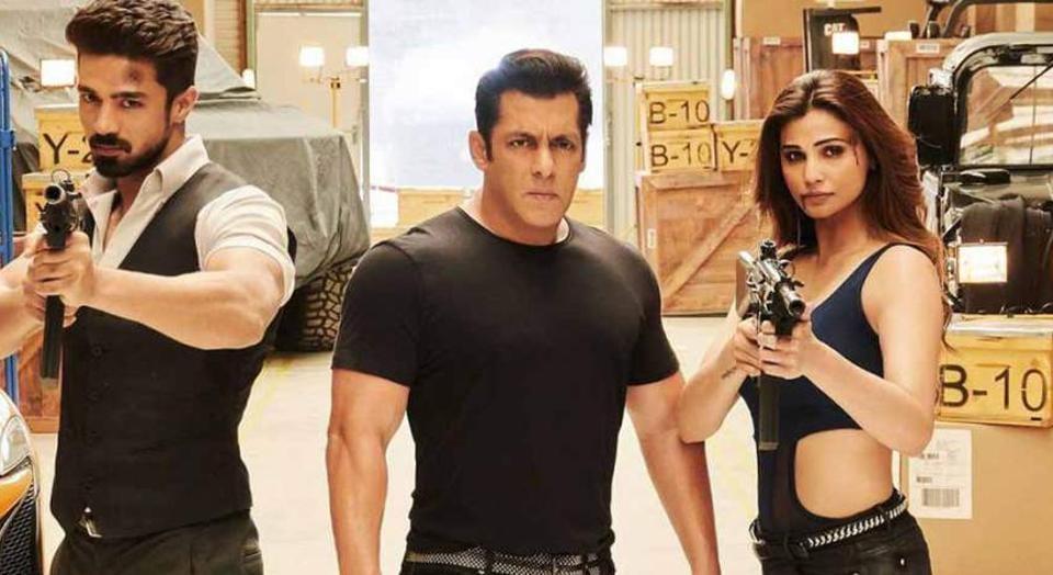 Salman Khan, Saqib Salim and Daisy Shah in a still from Race 3.