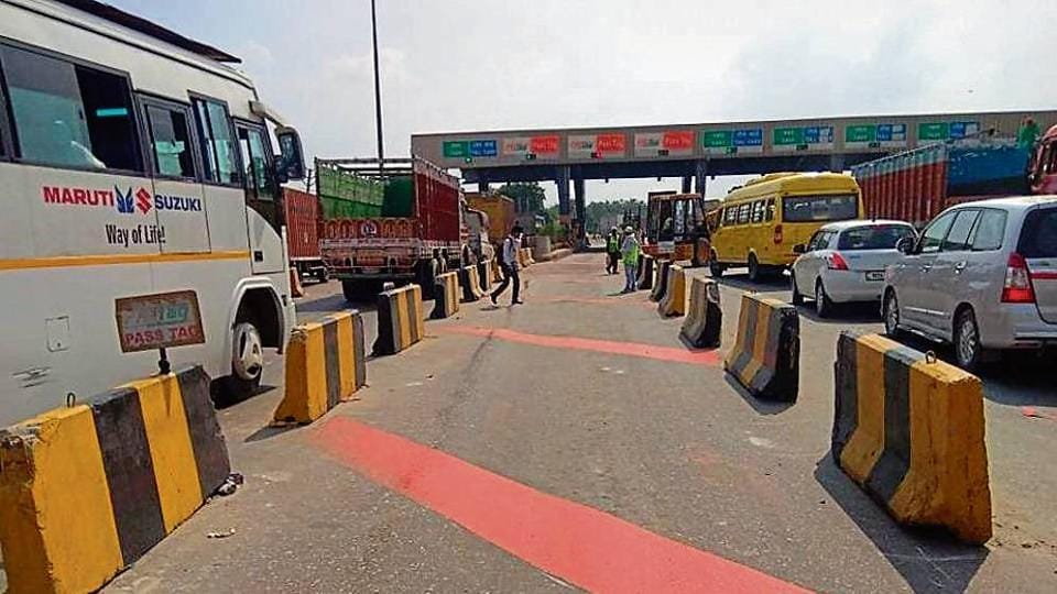 FASTag,automatic toll collection,toll plazas