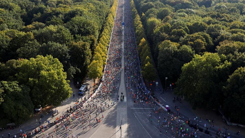 A view of the start of the 2018 Berlin Marathon in Germany. (Fabrizio Bensch / REUTERS)