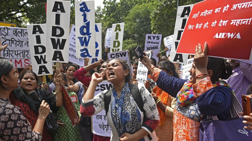 Members of All India Democratic Women's Association and various other organisations protest against the Rewari gang rape case, Haryana Bhawan, New Delhi, September 17, 2018