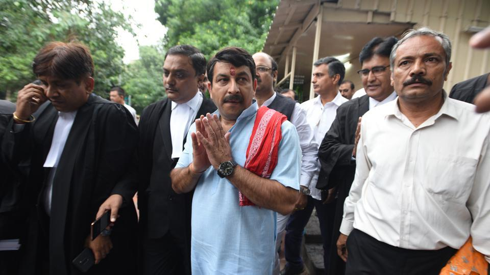 Delhi BJP chief Manoj Tiwari, who broke the sealed lock of a house in east Delhi, has been ordered to come up with a list of 1,000 unauthorised properties in the capital by the apex court. Tiwari had earlier justified breaking the lock, questioning why only one house was sealed by officials if there were 1,000 houses. The top court took note of this statement and gave him time till tomorrow to file the list. (Sonu Mehta / HT Photo)