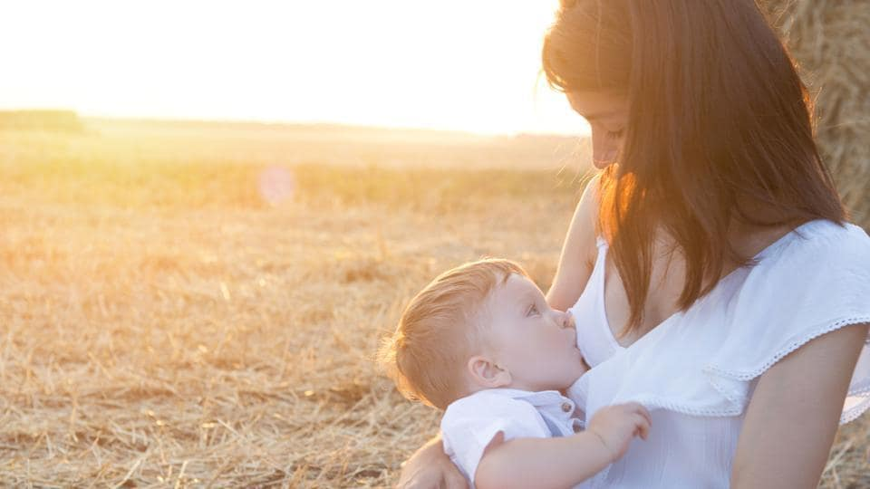 Breastfeeding,Benefits Of Breatfeeding,Is Breastfeeding Healthy