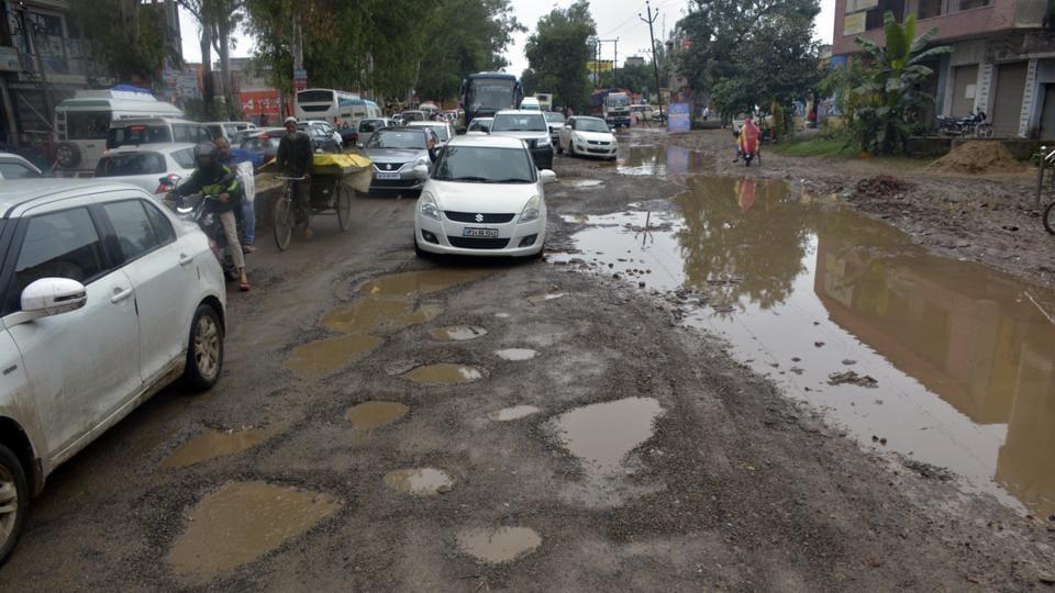 Potholed roads seen at the Delhi-Meerut Road NH58, at Murad Nagar, in Ghaziabad, India, on Tuesday, September 25, 2018.