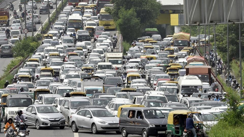 Traffic seen at Geeta Colony flyover due to closure of Old Yamuna bridge after rise in water level of the river due to recent rains, in New Delhi, India on Monday, July 30, 2018.