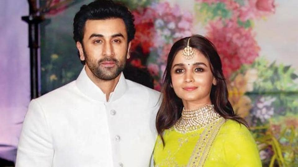 Ranbir Kapoor and girlfriend Alia Bhatt continue to redefine couple goals. (File IANS Photo)