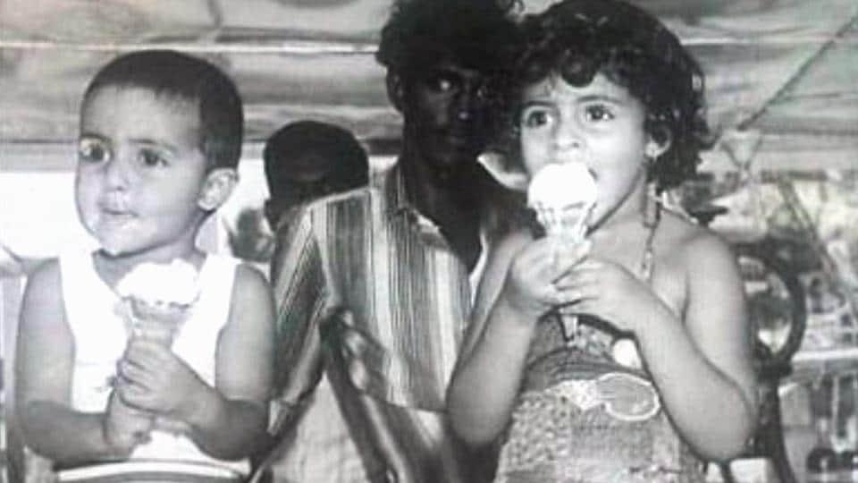 Amitabh bachchan,Abhishek Bachchan,throwback pic