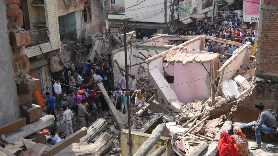 Delhi building collapse,Sawan Park,North Delhi Municipal Corporation
