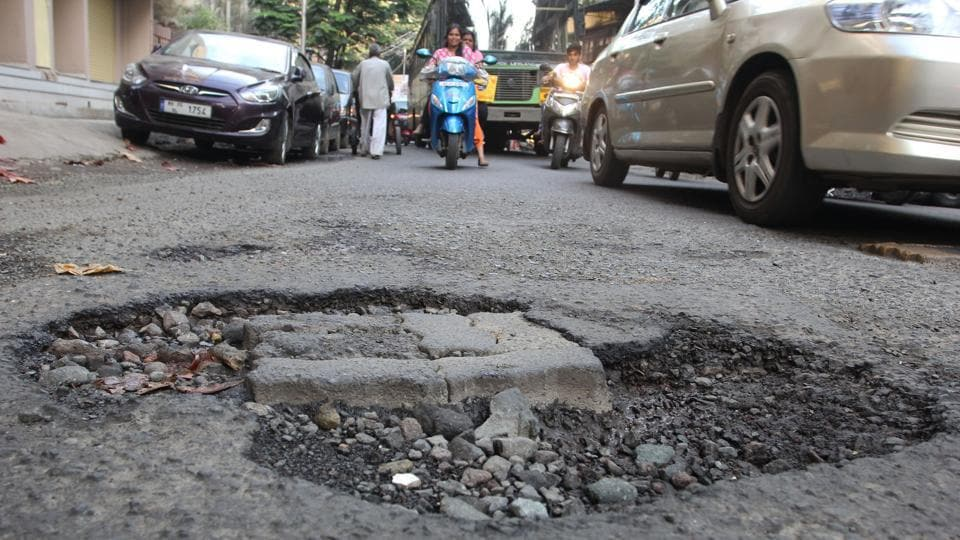 The Harpath mobile application is meant for repairing potholes.