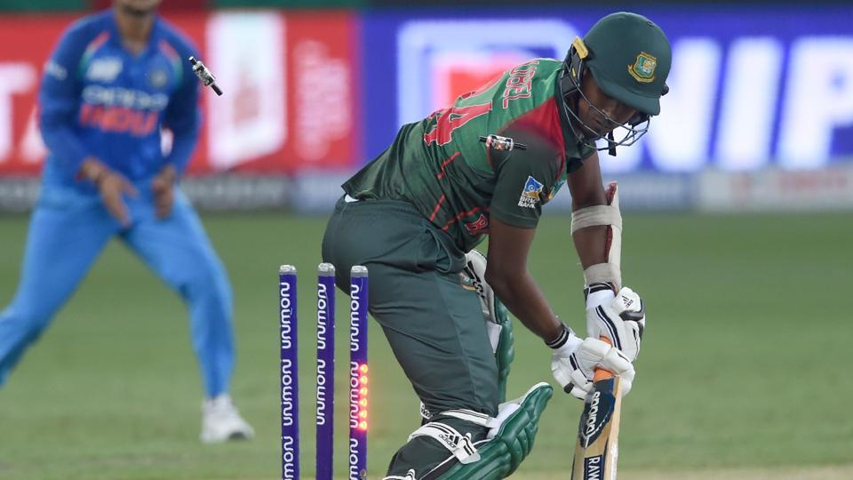 Bangladesh batsman Rubel Hossain dismissed by Indian cricketer Jasprit Bumrah during the final one day international. (AFP)