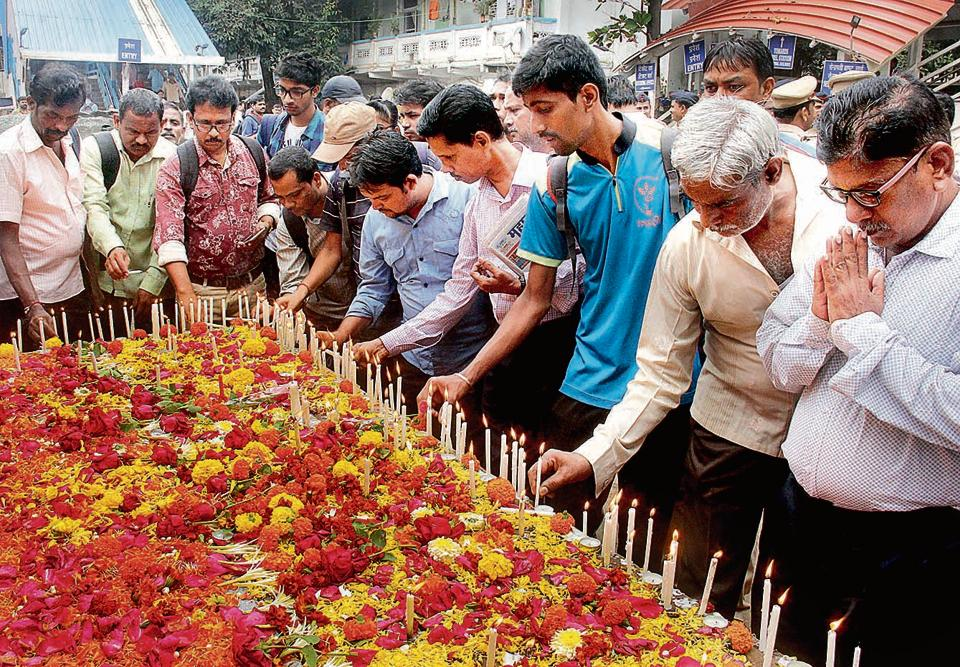 Mumbai Says A Prayer For Victims Of Elphinstone Road