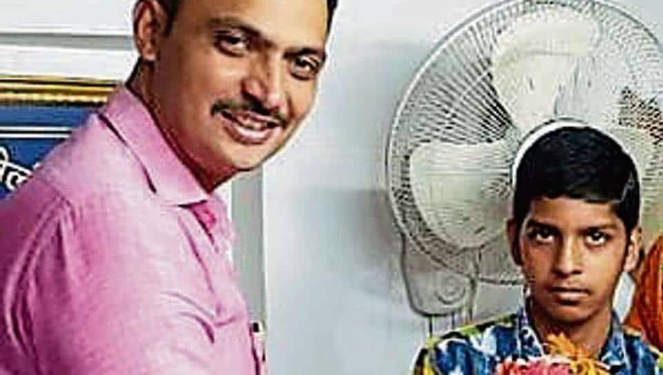 Mumbai teen,teen returns money,40000