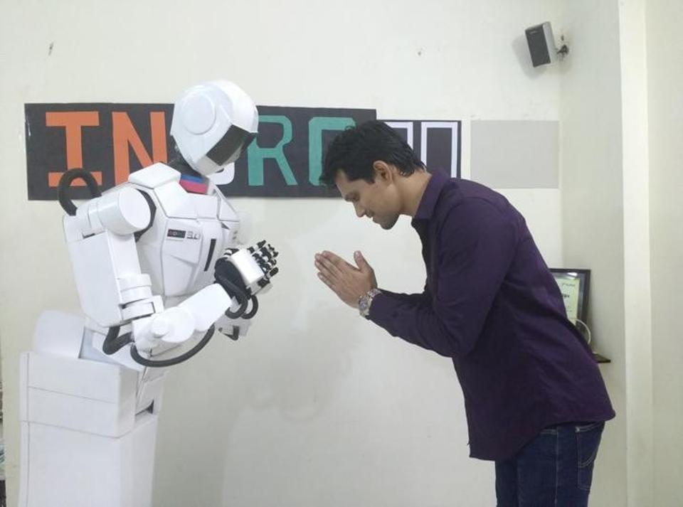 Bots,Humanoids,Constable Singham