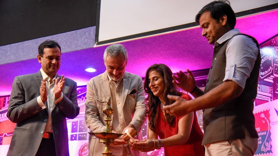(From left) Bharat Agarwal, managing director of Vishwakarma Publications; Lorenzo Angeloni, Italian ambassador to India and Nepal; columnist - author Shobhaa De and Rahul Karad, executive president, MIT World Peace University (WPU), inaugurate Pilf 2018 at Yashada on Friday. (SANKETWANKHADE/HT PHOTO)