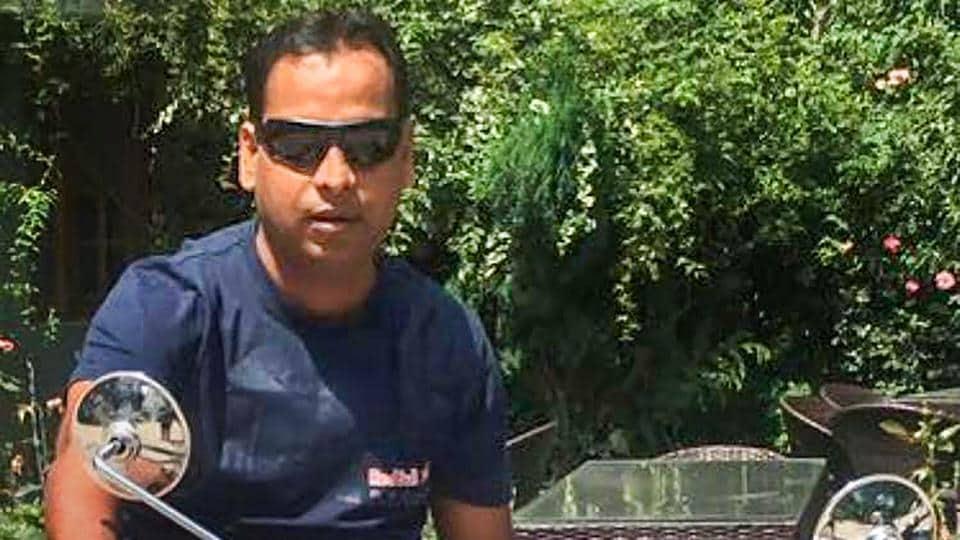 social media,UP cops shoot death apple executive,apple executive