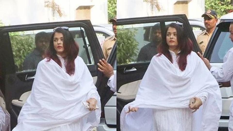 Aishwarya Rai arrives for Krishna Raj Kapoor's funeral.