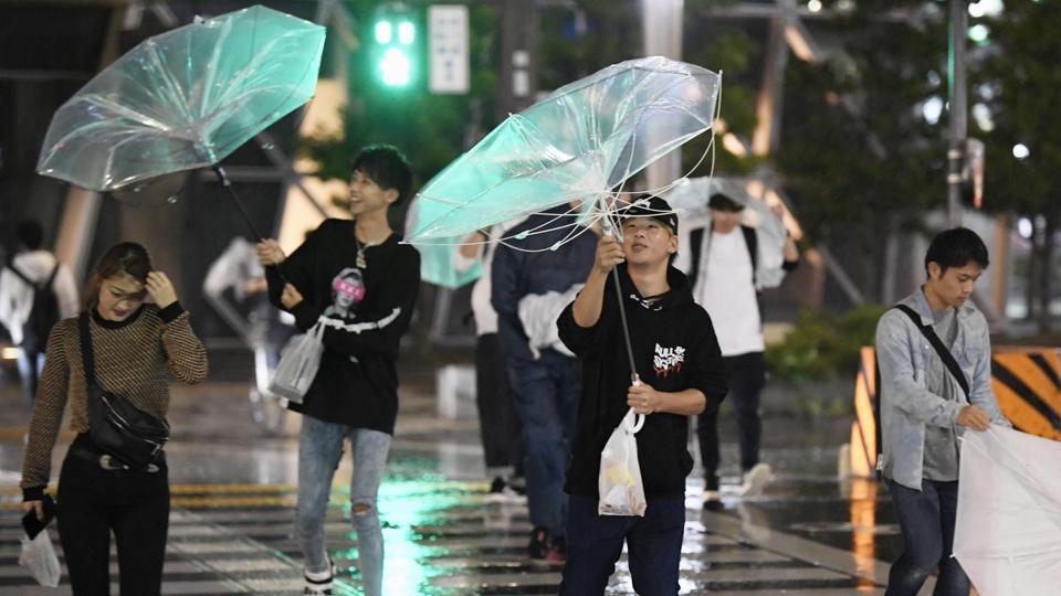 Powerful typhoon Trami batters Okinawa island, churns to Japan mainland