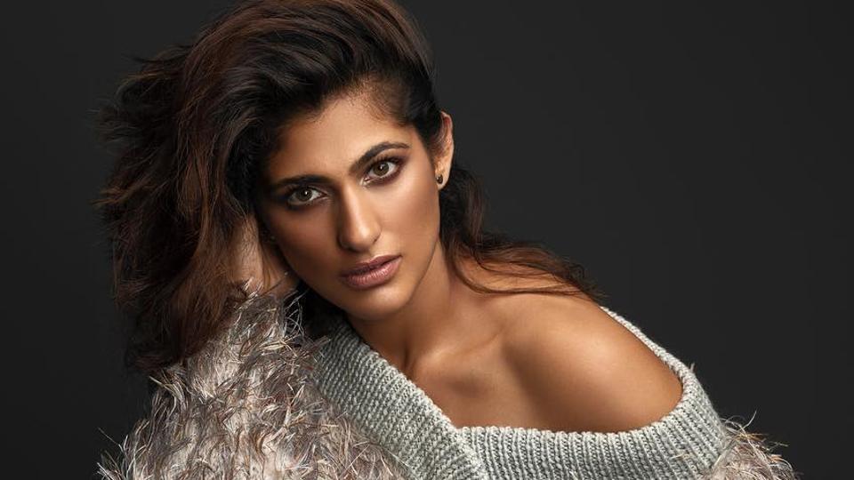 Kubbra Sait,Bollywood,Tanushree Dutta